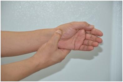 피부미용사 엄지손가락통증해소6.jpg