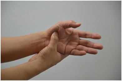 피부미용사 엄지손가락통증해소7.jpg