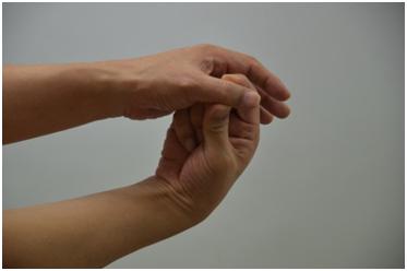 피부미용사 엄지손가락통증해소11.jpg