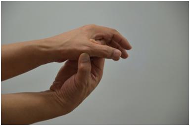 피부미용사 엄지손가락통증해소8.jpg